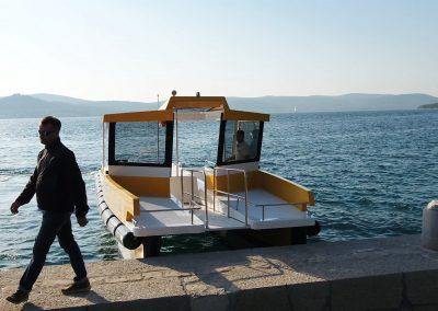 Beach landing Taxi catamaran